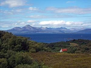 Isle-of-Skye-from-The-Plock-of-Kyle